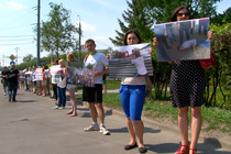 В Москве прошла акция «В защиту защитников Хопра», посвященная борьбе за отмену решения о добыче...
