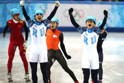 Россияне Владимир Григорьев и Виктор Ан поборются за медали в шорт-треке и на дистанции 500 метров