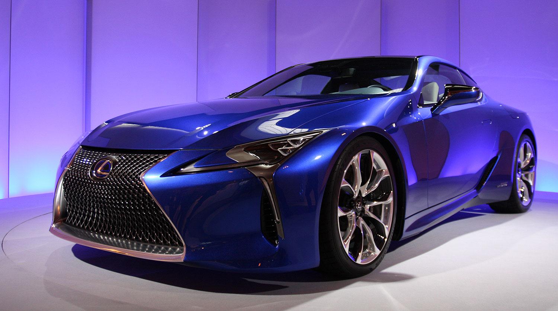 Новый Lexus LC 500h показали за несколько дней до Женевского автосалона