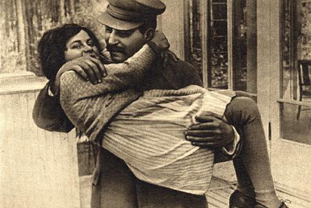 Дочь Сталина Лана Питерс (Светлана Аллилуева) находилась под пристальным наблюдением ФБР