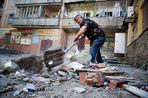 Как пережили бои за Луганск роддом, пансионат ветеранов и зоопарк