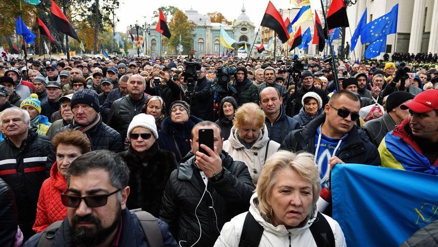 Вштабе Зеленского признали возможность мира вДонбассе поплануРФ