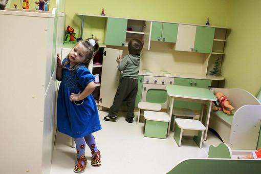 196 детей уже были знакомы со своими американскими потенциальными родителями, но не смогли уехать жить к ним