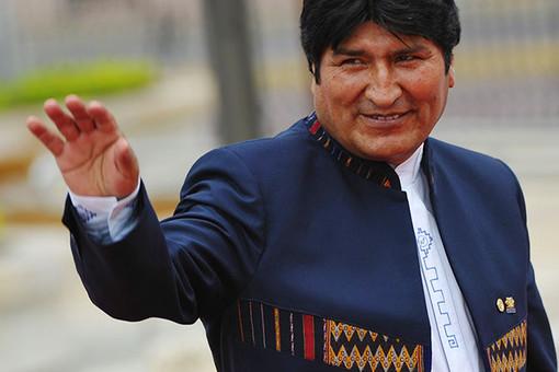 Эво Моралес получил право баллотироваться на пост главы государства в третий раз