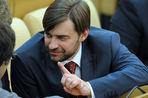 Депутат-единоросс Сергей Железняк предложил наказывать оппозиционеров за критические высказывания о Дне Победы