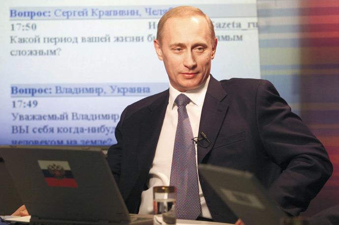 Владимир Путин во время интервью, 2001 год