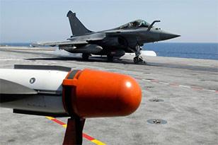Авиация НАТО уничтожила восемь кораблей Каддафи