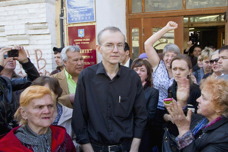 Astrakhan former mayor candidate ends hunger strike on its 40th day &mdash; Gazeta.Ru 