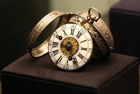 Выставка «500 лет истории европейских часов» в Оружейной палате