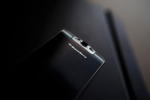 Lenovo планирует покупку производителя смартфонов Blackberry
