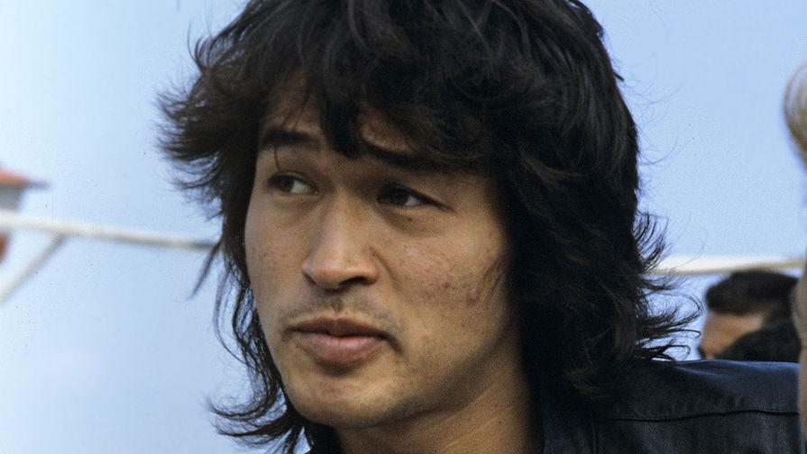 28 лет назад умер Виктор Цой— Последний герой
