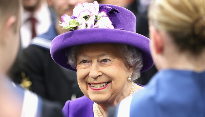 ЕлизаветаII осталась без белья— Королевский скандал