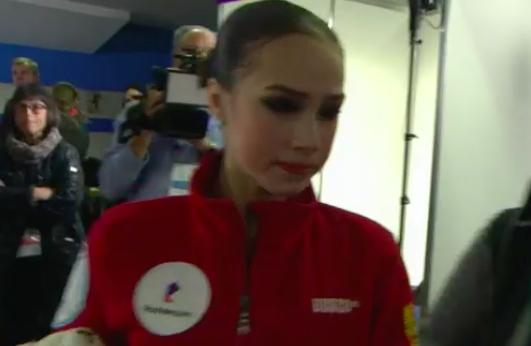 Русская фигуристка Самодурова выиграла золото начемпионате Европы. Загитова стала 2-ой