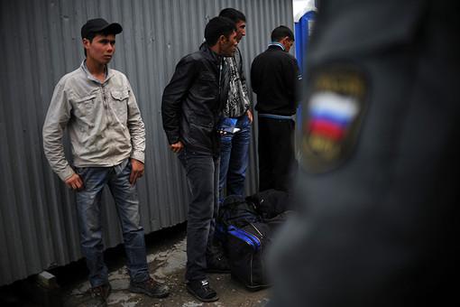 Неконтролируемая миграция приводит к образованию опасных замкнутых поселений