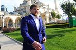 Кадыров публично отругал за WhatsApp и карикатуры на «свадьбу тысячелетия»