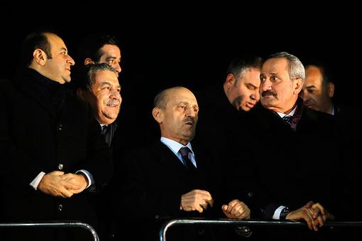 Правительство Турции лишилось сразу трех министров