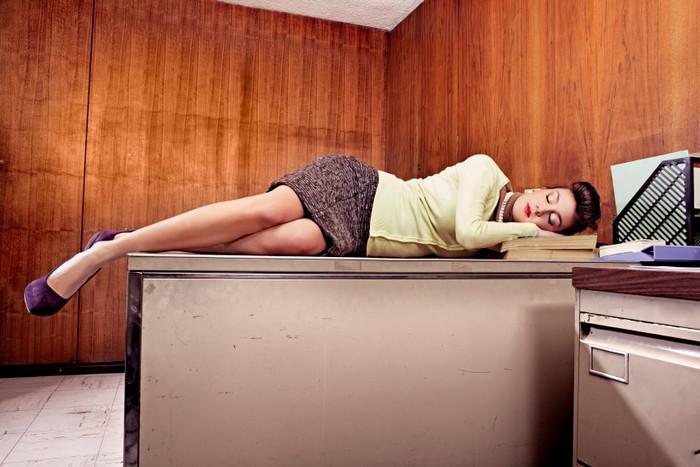Почему после сна тяжелая голова