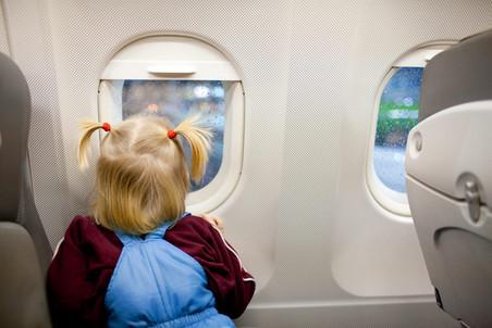 КС оставил в силе льготные авиатарифы для детей