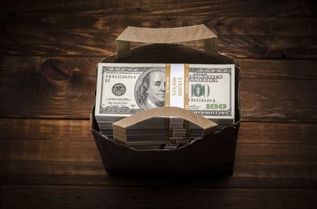 Что делать, если у вашего банка-кредитора отозвали лицензию или в нем введено внешнее управление