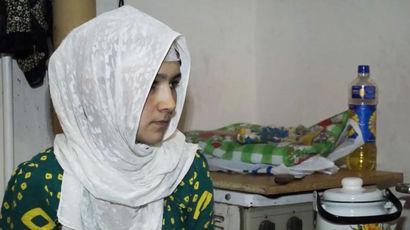 Маму погибшего в Петербурге таджикского мальчика депортируют из России