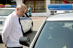 Глава Тверского УГИБДД Валерий Кучерявых в ходе следствия по уголовному делу получил новую статью и развелся