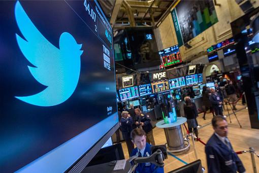Цена акций Twitter утроилась с момента IPO