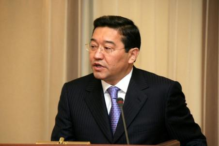 Парламенту Казахстана предложили проголосовать за нового премьер-министра Серика Ахметова