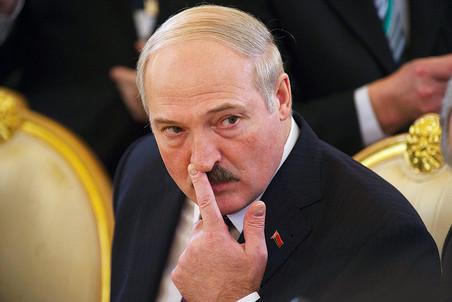 Александр Лукашенко вслед за руководством России заговорил о политической реформе