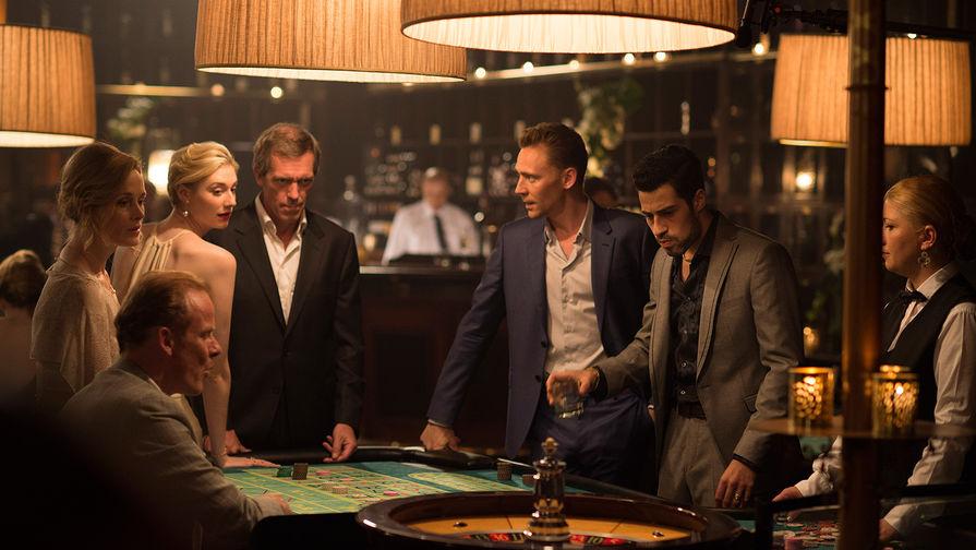 Хью Лори в сериале «Ночной администратор»