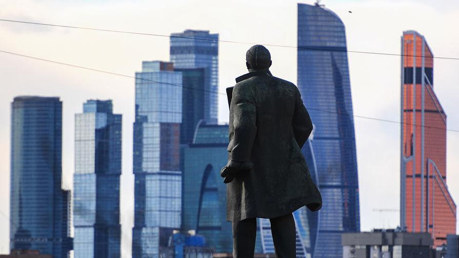 ВГосдуме придумали способ погребения Ленина