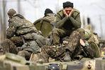 Угроза полномасштабной войны России с Украиной становится все реальнее
