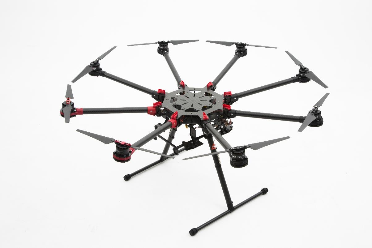 DJI Spreading wings s1000 берет на борт до 11 кг груза