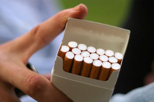 Пачка сигарет за четыре тысячи рублей