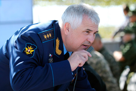 Medvedev fires Air Force commander — Gazeta.Ru