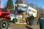 Под Калугой фура из Польши протаранила автобус с рабочими завода LG – трое погибших, 30 раненых