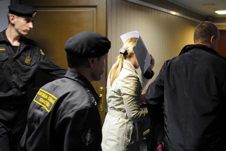 Бывший следователь ГСУ ГУ МВД по Москве Нелли Дмитриева отпущена под подписку о невыезде