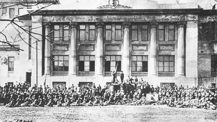 Первые ряды Красной Армии, 21.02.1918