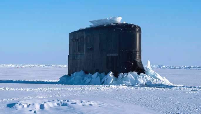Самолеты вологодской эскадрильи обнаружили подлодки НАТО вАрктике