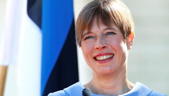 Президент Эстонии убрала сор  впарке украинского города Днепр