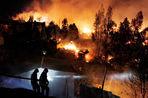 Мощный пожар уничтожил 2000 домов в чилийской городе Вальпараисо