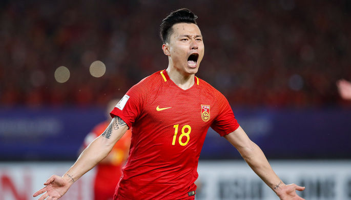 Китайским футболистам запретили иметь нателе татуировки
