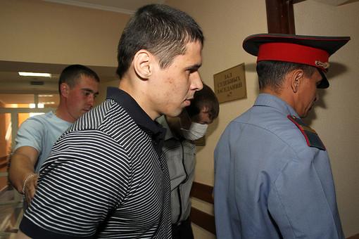 Российские полицейские по-прежнему используют пытки и жестокое обращение по отношению к задержанным. На фото: бывший сотрудник ОВД «Дальний» Ильшат Гарифуллин, обвиняемый по делу об издевательствах и насилии над задержанным 52-летним С.Назаровым