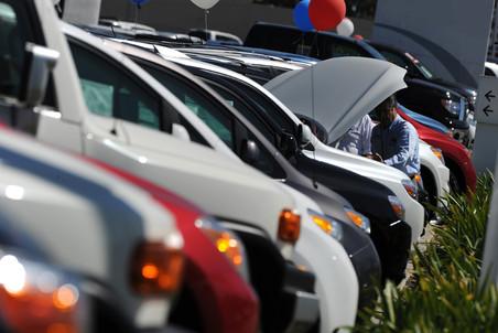 Продажи автомобилей в России в марте