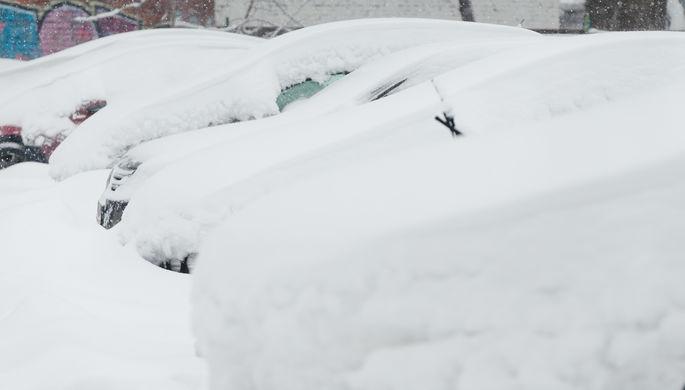 В столицеРФ для борьбы споследствиями снегопада привлекли военных