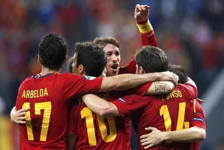 Испанцы пробились в полуфинал, не «умирая» на поле