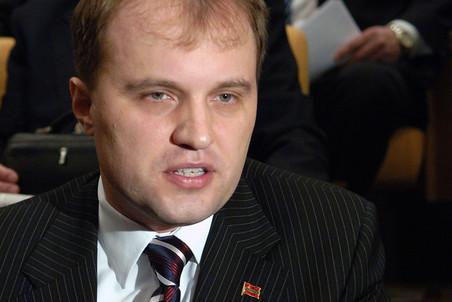 Евгений Шевчук с большим преимуществом победил на выборах кандидата Москвы