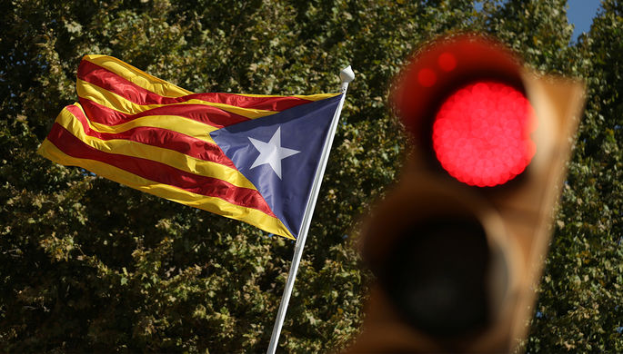 Руководитель Каталонии созвал экстренное совещание из-за арестов иобысков властей