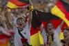 Пока сборная Германии доставляет своим болельщикам исключительно положительные эмоции