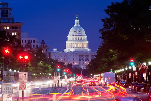 Нижняя палата конгресса США разрешила слежку за гражданами