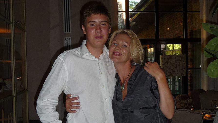 Анастасия Сосина с сыном Егором